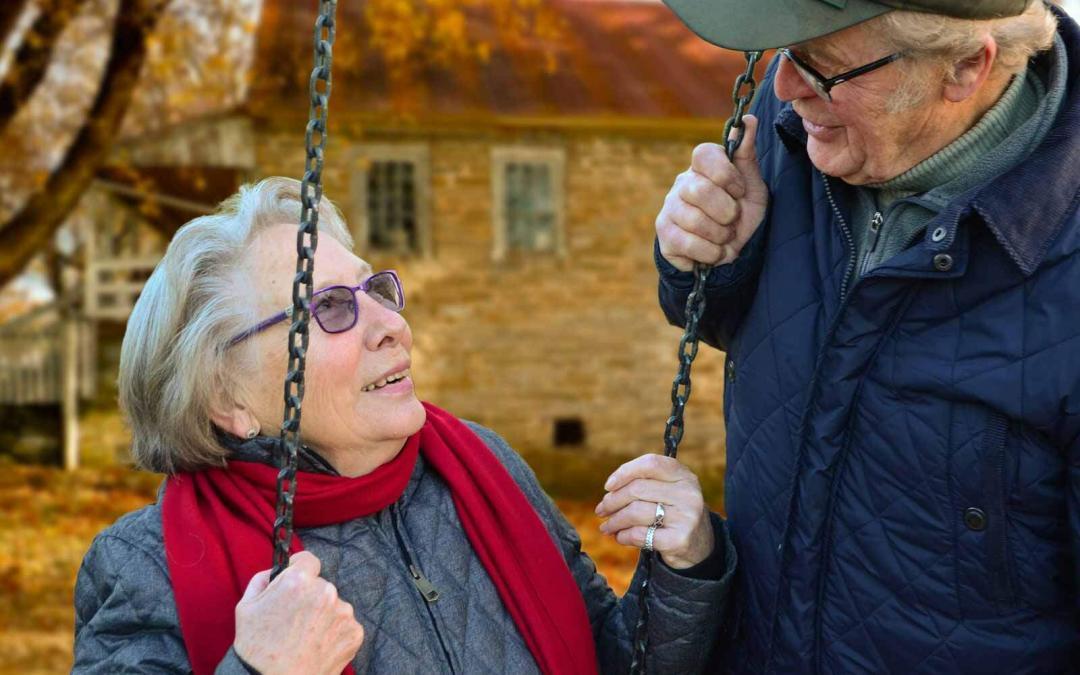 Saiba como cuidar do seu idoso com o carinho e atenção que ele merece
