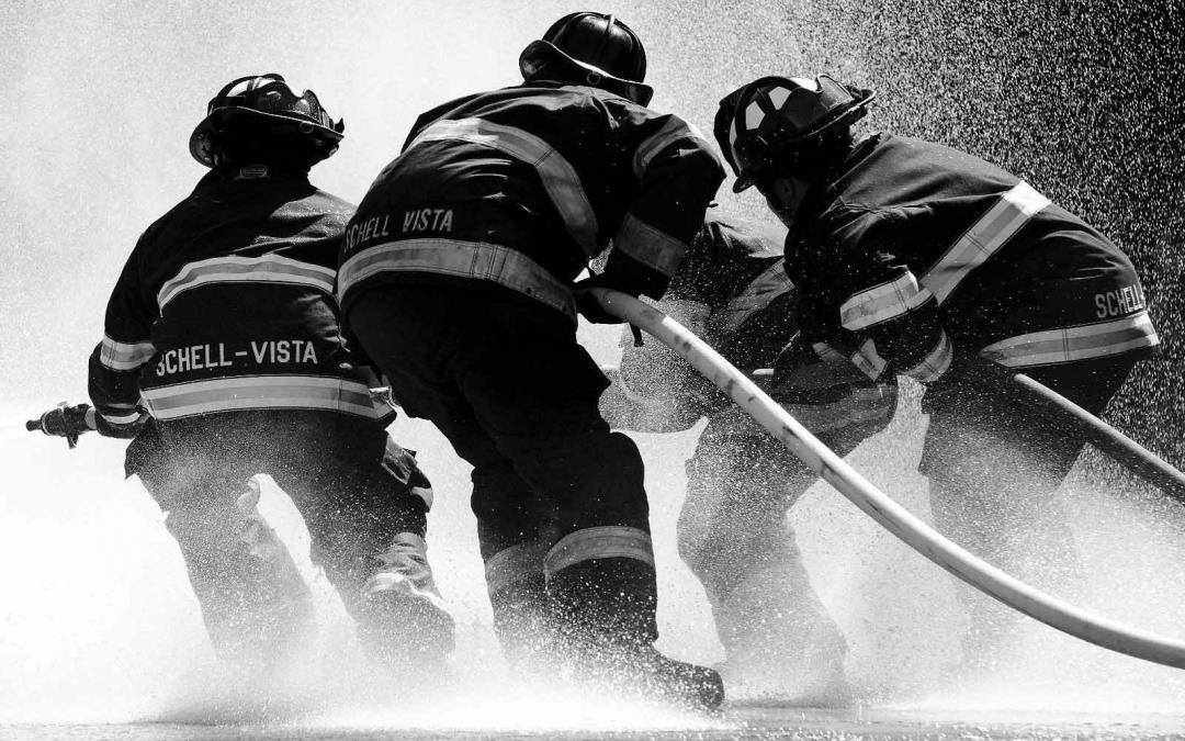 Você sabe como o Bombeiro Profissional Civil atua na Prevenção e no Combate a Incêndios?